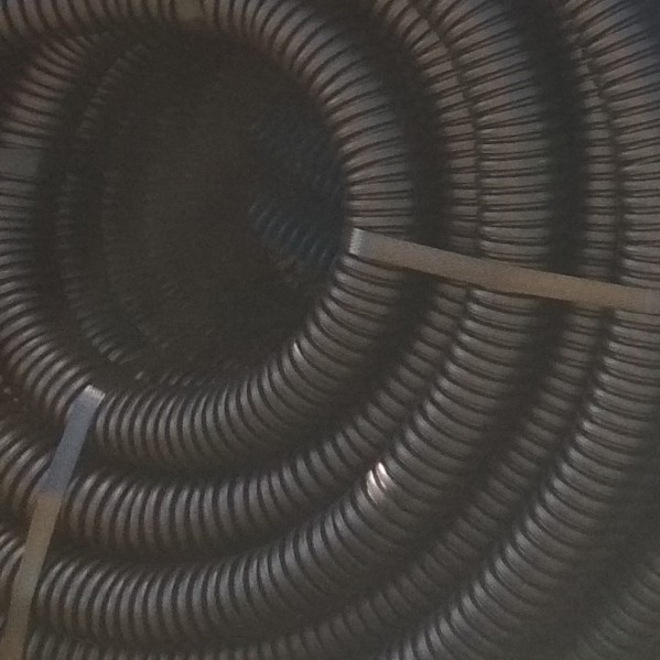 Rura karbowana AROT 40 mm CZARNA odporna UV